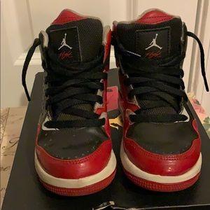 Boys Jordan Flight Shoes Size 10.5